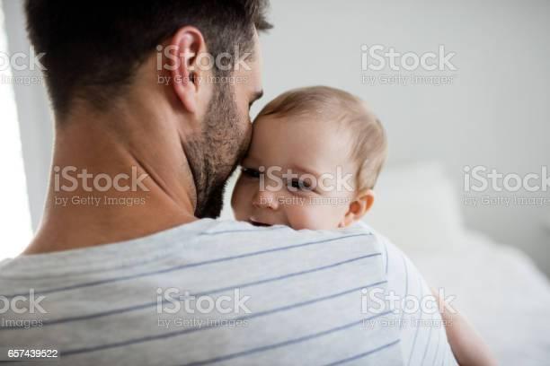 Vater Holding Sein Baby Mädchen Stockfoto und mehr Bilder von Baby