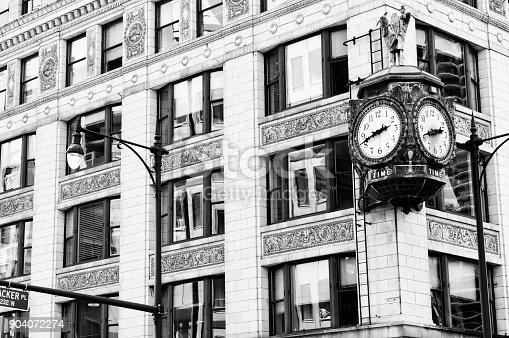 Clock, Chicago.