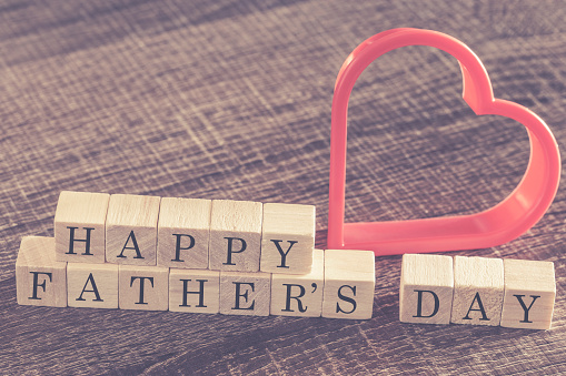 istock Father's Day message 501229450