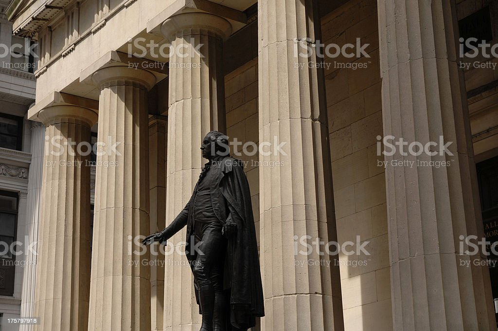 Federal Hall National Memorial facade and George Washington Stat stock photo