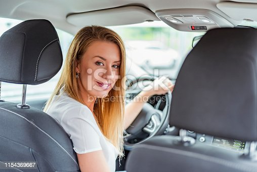 627864748 istock photo Feels good being on this side of the car 1154369667