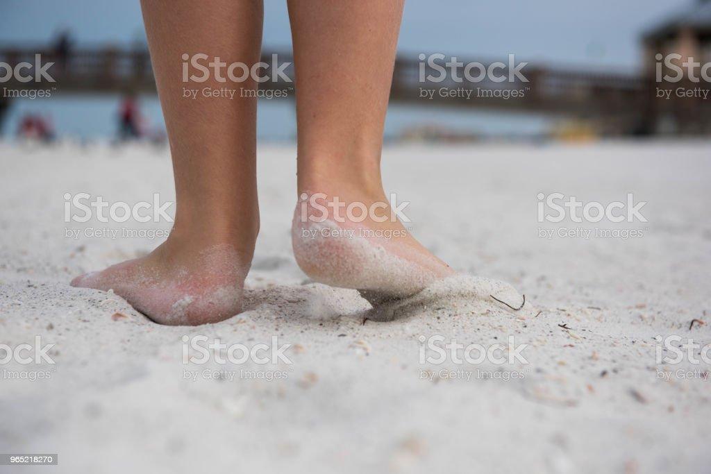 Feet on the beach zbiór zdjęć royalty-free