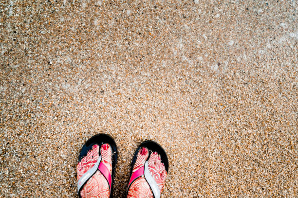 Henna Tattoo Beach: Top 60 Beautiful Indian Feet Stock Photos, Pictures, And