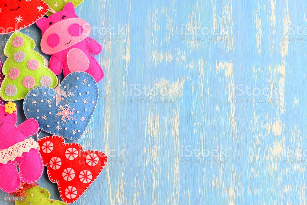 Felt colorful ornaments set. New year background foto stock royalty-free