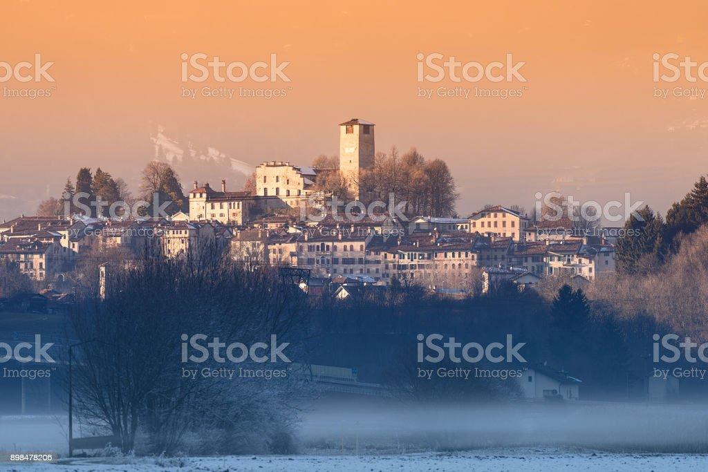 Feltre (BL) - winter sunset - foto stock