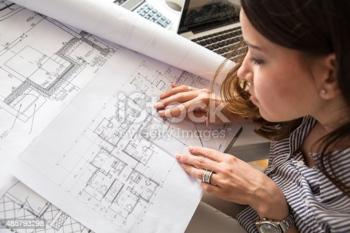 istock Female architect 485793298