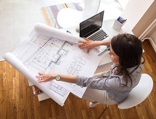 weibliche architekt - architekturberuf stock-fotos und bilder