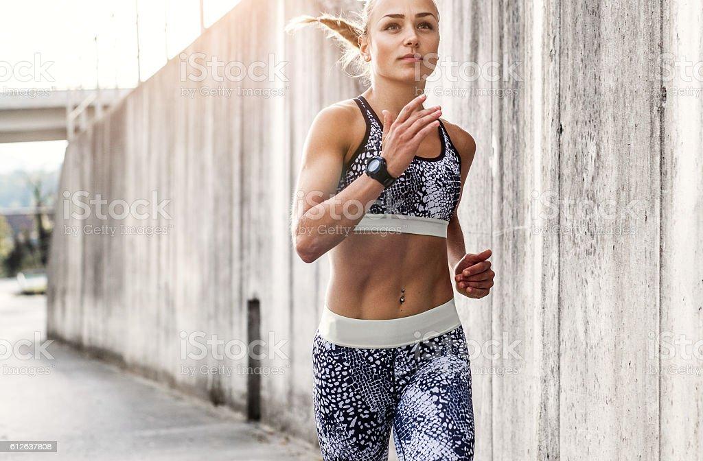 Sportlerin Laufen im Freien – Foto
