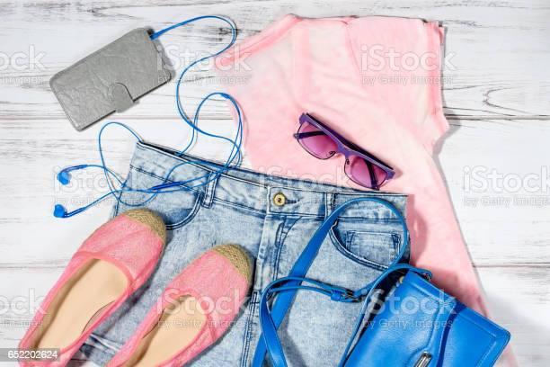 Female casual summer clothes collection overhead picture id652202624?b=1&k=6&m=652202624&s=612x612&h=iaoikyrlccimqpwtq3um1yscvzxgw07em2wzljihwr4=