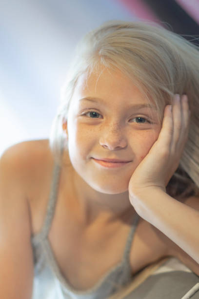 female child portrait blonde hair - katiedobies stock pictures, royalty-free photos & images