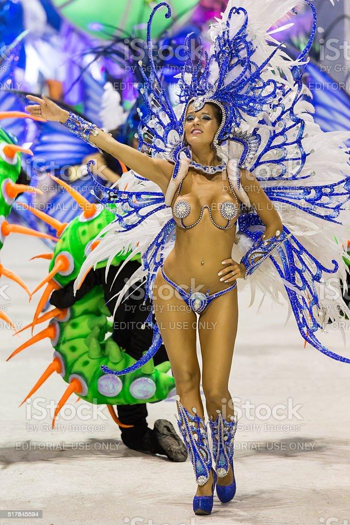 Групповое порно на карнавале ххх 11
