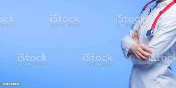 Female doctor with stethoscope in blue background picture id1200980416?b=1&k=6&m=1200980416&s=612x612&h=csvzifj8g91iww6b7zkneooyjhxwxhchdgqmii27olm=