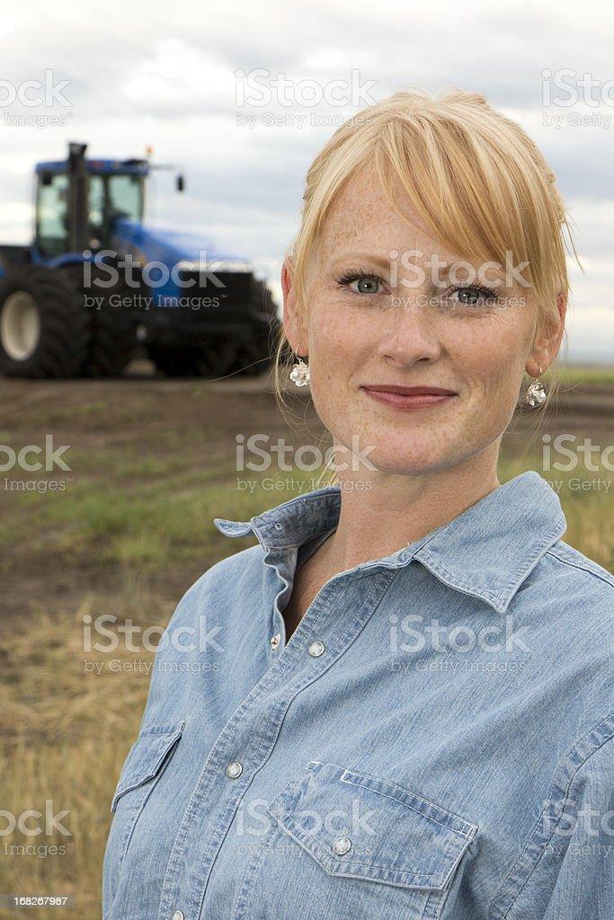 Femme Farmer - Photo