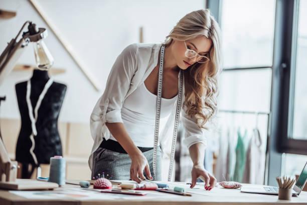 女性ファッション・デザイナー ストックフォト
