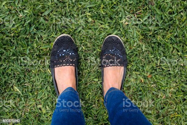 Female feet on green grass picture id820375440?b=1&k=6&m=820375440&s=612x612&h=y7 6t6tgryd5odnw2mgxiccubtm8qu6iyopnj4ckn3o=