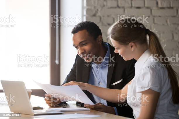Female financial advisor insurer consulting male africanamerican picture id1085713900?b=1&k=6&m=1085713900&s=612x612&h=udbuottlwuquw09jpqvvlk22abw4hpljg3wew3txe9a=