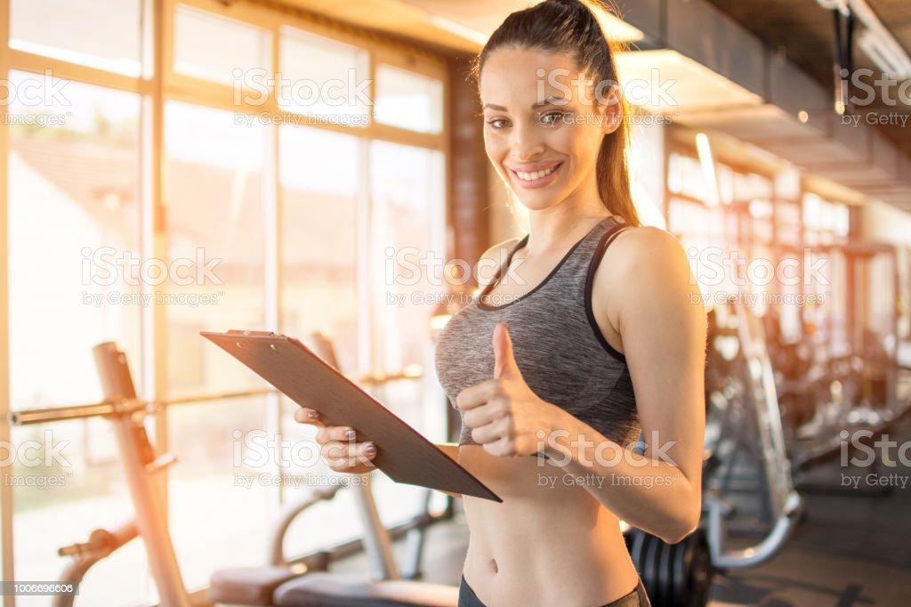 popular stores buy best available Photo libre de droit de Entraîneur De Fitness Femmes ...