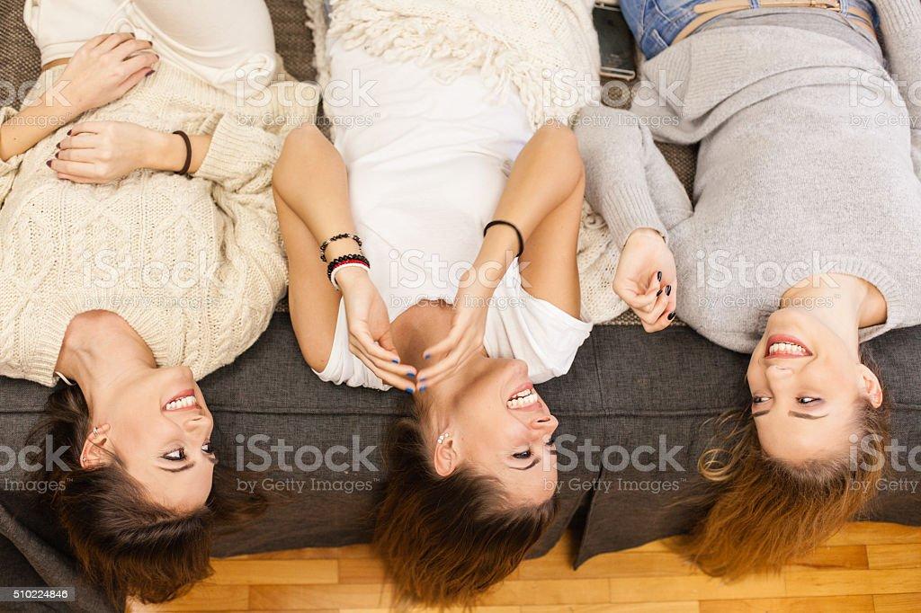 Elegante amiche di letto l arredamento e la decorazione idee