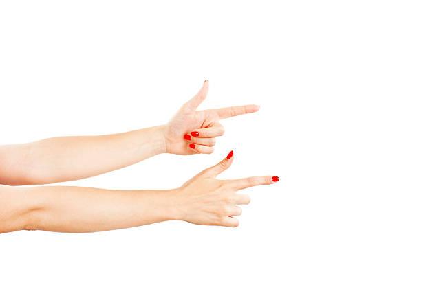 weibliche hände – perfekt für eine richtung - bester nagellack stock-fotos und bilder