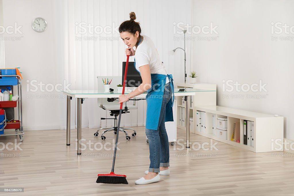 Female Janitor Sweeping Floor With Broom – Foto