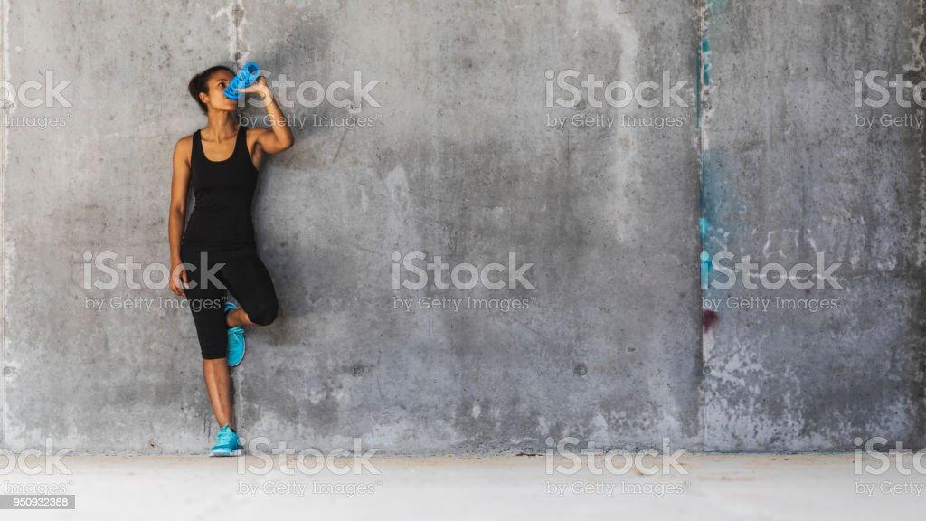 Weibliche jogger Ruhen – Foto