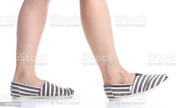 Female legs in espadrilles picture id1168790339?b=1&k=6&m=1168790339&s=612x612&h=2nwfskqvgqu0swdjisc muxzrkdlyknfv7f7coxgnis=
