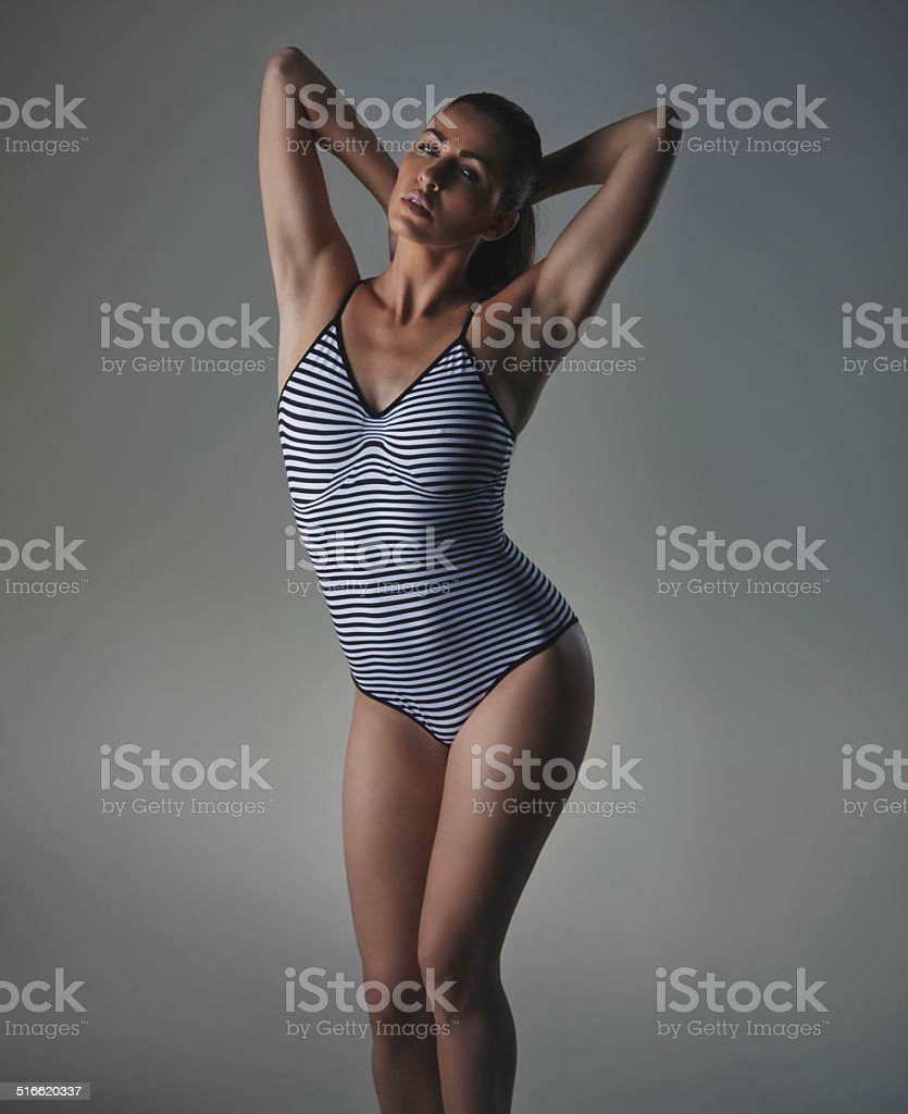 Mujer modelo posando sensually bodystocking - foto de stock