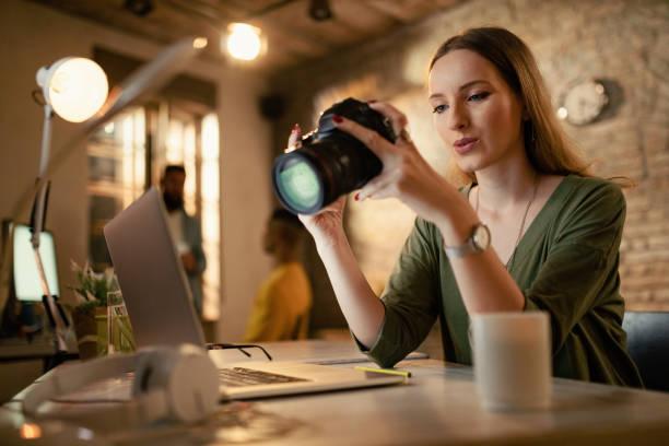 Female photographer checking images on digital camera in a studio picture id1199027354?b=1&k=6&m=1199027354&s=612x612&w=0&h=ory0hiipkffdmfxhdwda8o8kgge2auwczt1nn kt 7y=