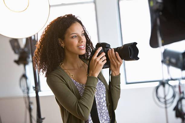 Female photographer in studio picture id132264717?b=1&k=6&m=132264717&s=612x612&w=0&h=ou7rcmipyqhkvefz bxhhuxfpinyjbnrwkz16u3hyqy=