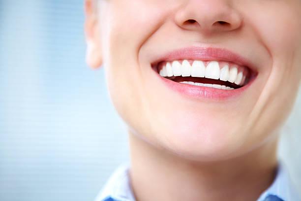 여성 웃으세요 - 백인종 뉴스 사진 이미지