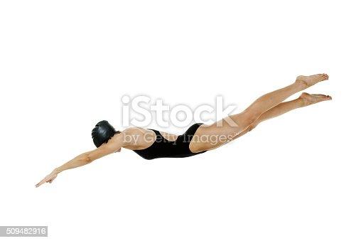 istock Female swimmer diving 509482916