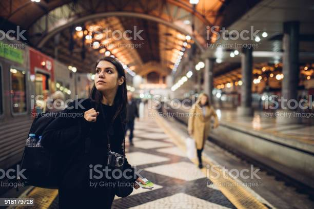 Female traveler searching for directionswaiting for the in foreign picture id918179726?b=1&k=6&m=918179726&s=612x612&h=haglio2j68jhxp12ao8c5tts4cas0pmqkoxn4szmb5a=