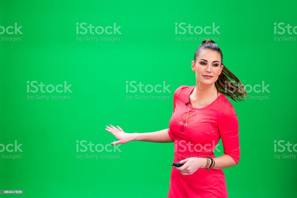 Clima feminino forcaster - foto de acervo
