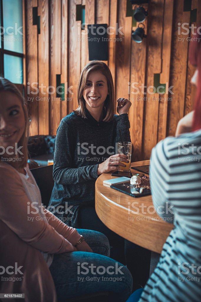 Femmes au café photo libre de droits