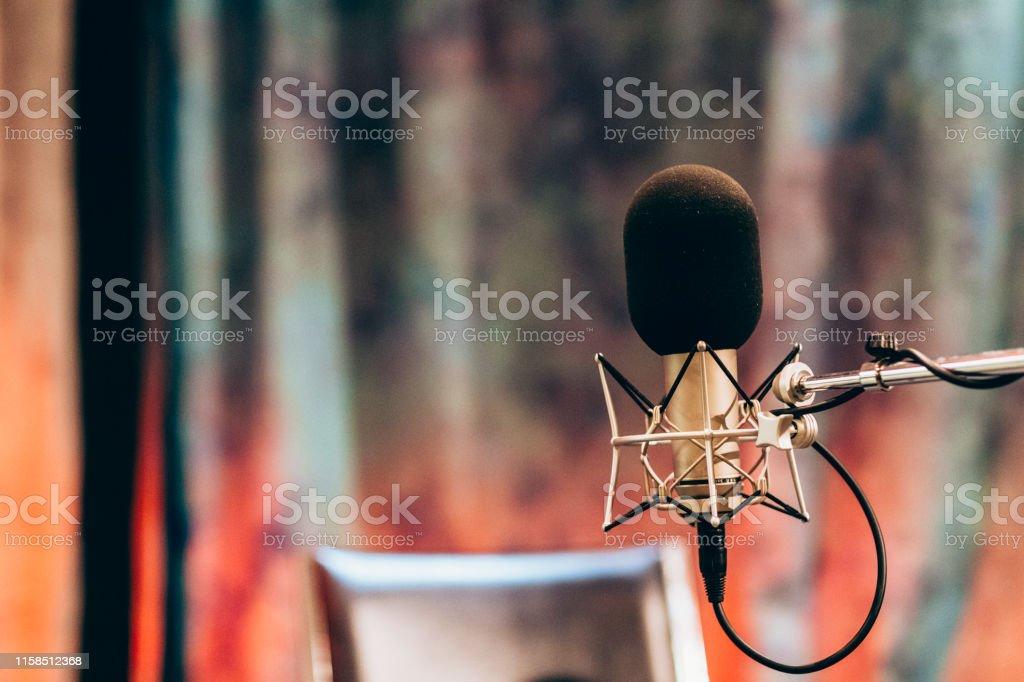 Feminine Pastel Studio Recording Musician Microphone - Royalty-free Chair Stock Photo