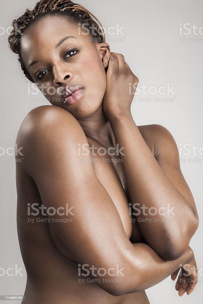 Young feminin woman posing in the studio.