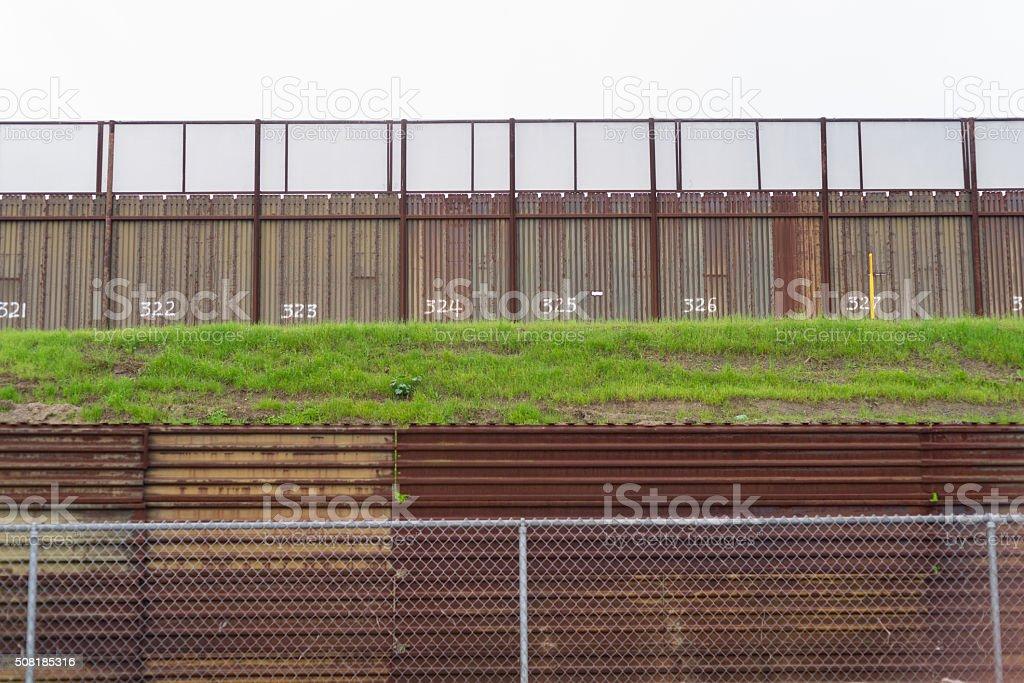 Zaun Trenn Mexiko Von Kalifornien Usamexikanische Grenze Stock