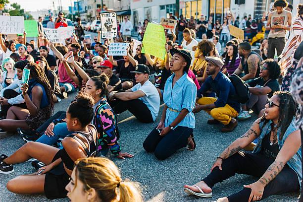 Protestos em Ferguson em protesto - foto de acervo