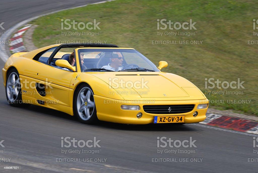 Ferrari F355 Gts Stockfoto Und Mehr Bilder Von Asphalt Istock