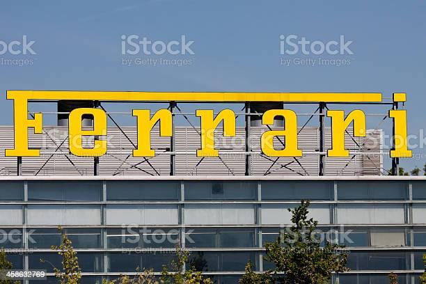 Ferrari logo picture id458632769?b=1&k=6&m=458632769&s=612x612&h=cmnxzrinj02yvsh0 4 mdowyhcux26kkt sng6ns cq=