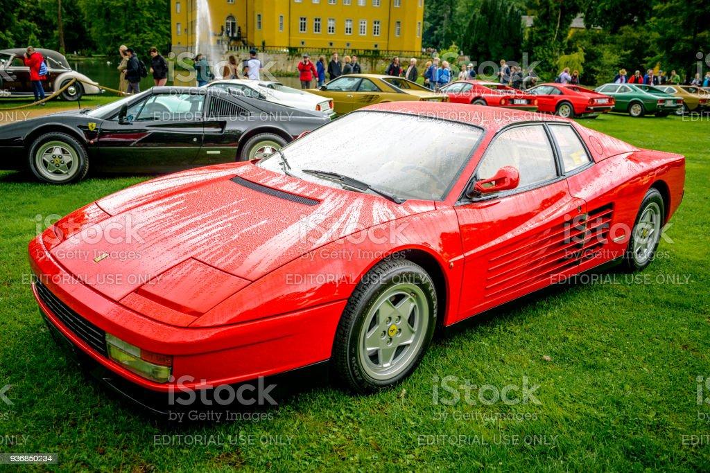 Ferrari Testarossa 1980er Jahre Sport Bei Einer Autoshow Stockfoto Und Mehr Bilder Von 1980 1989 Istock