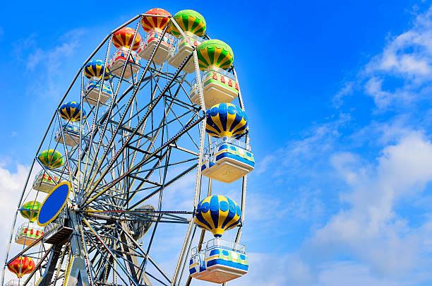 ruota panoramica - luna park foto e immagini stock
