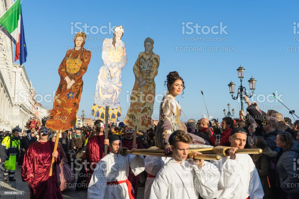 Festa delle Marie parade behoort tot de belangrijkste gebeurtenis tijdens carnaval, Venetië - Royalty-free Carnaval - Feestelijk evenement Stockfoto