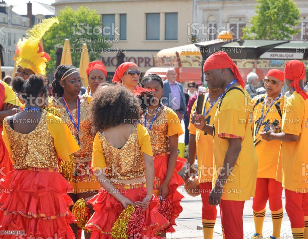 Festival Europe caz Karayip müzisyenler ve dansçılar şehir stok fotoğrafı