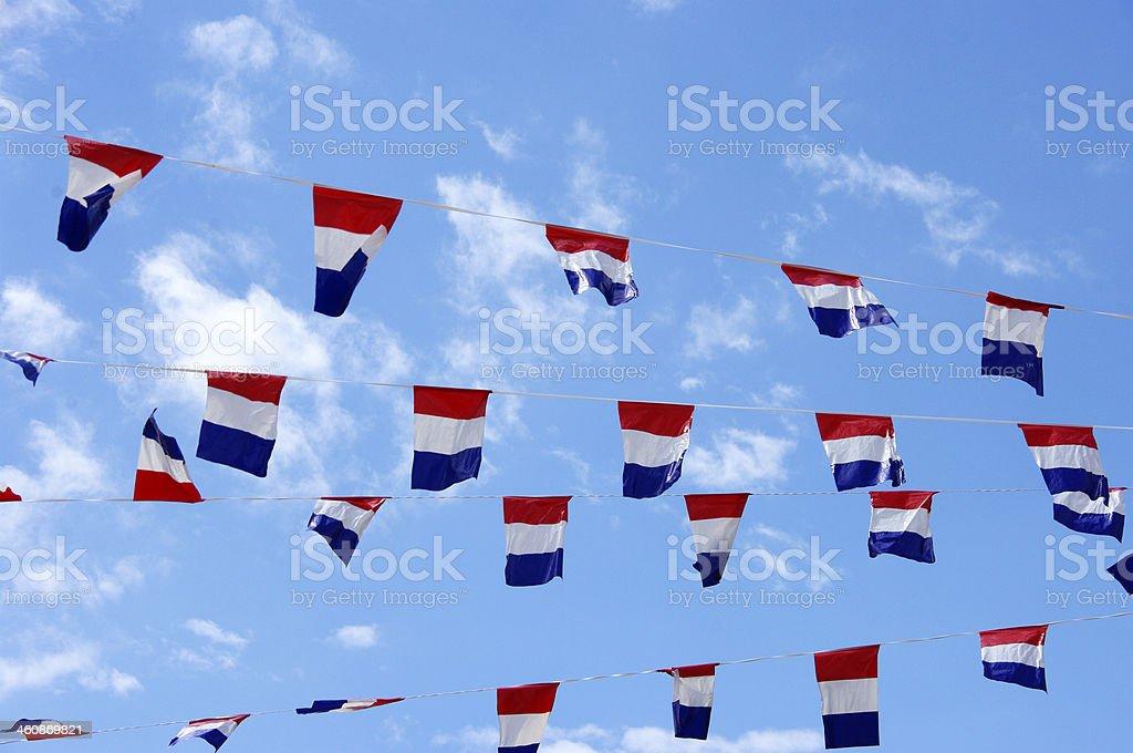 Festival con las banderas de los países bajos - foto de stock
