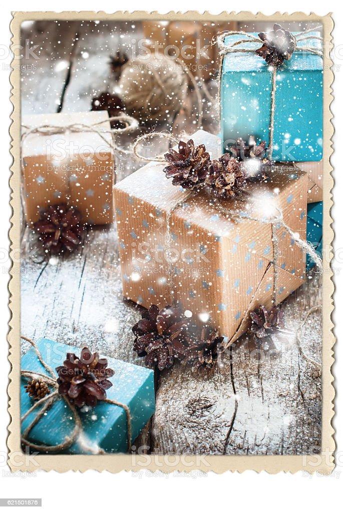 Festive Boxes Packed Brown Blue Paper Linen Cord Retro Frame photo libre de droits