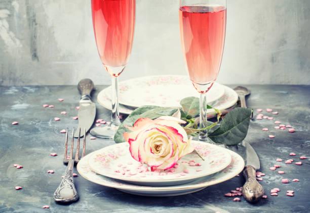 Festive table setting for valentines day plates and glasses with pink picture id912101114?b=1&k=6&m=912101114&s=612x612&w=0&h=uajfyyw3o6s2qavrrvc8y fpqfq5mvtwrwqz uavrbo=