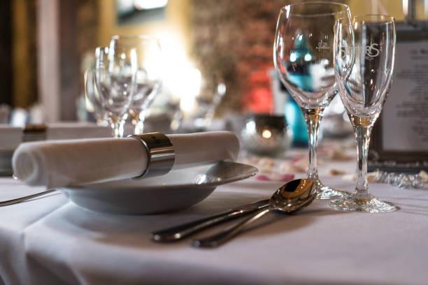 Festlich Gedeckter Tisch – Foto