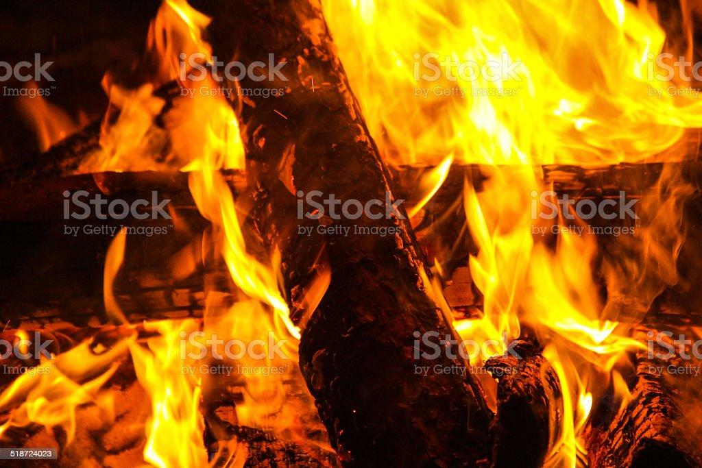 Feuer - 102 – Foto