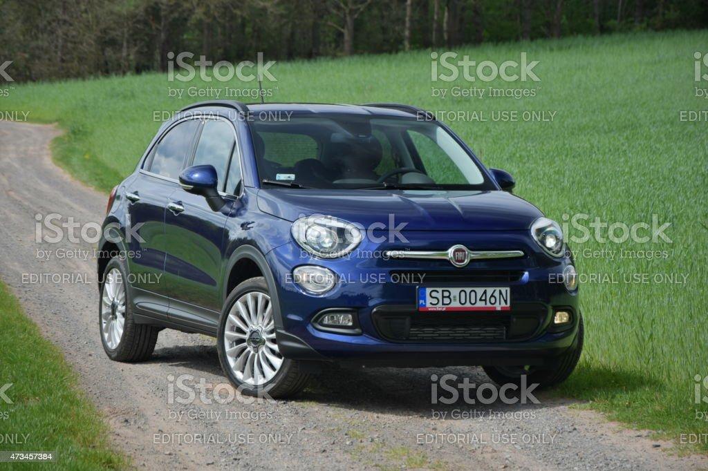Fiat 500 x sulla sfatte road - foto stock